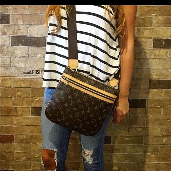 00249ea6e864 Louis Vuitton Handbags - Authentic Louis Vuitton Bosphore Crossbody